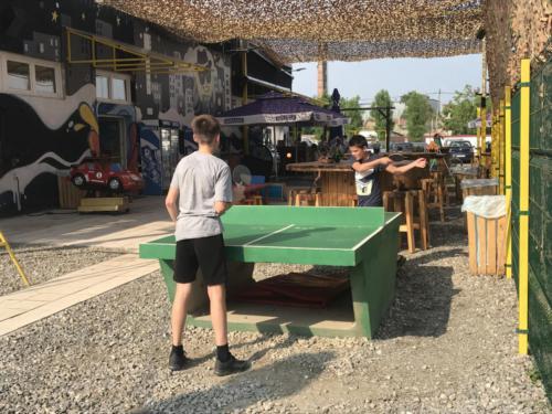 Korzo-Park-Partija-stonog-tenisa_001